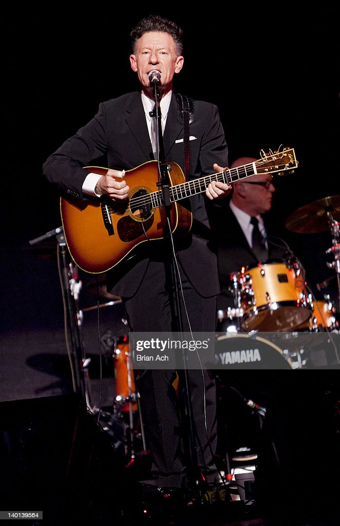 Singer and songwriter Lyle Lovett performs at the New York Society for Ethical Culture Concert Hall on February 28, 2012 in New York City.