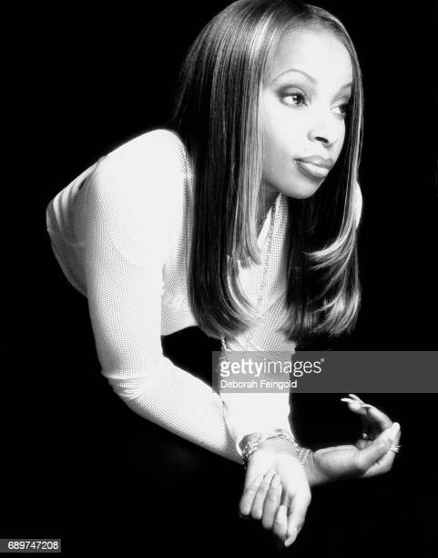Singer and songwriter Mary J Blige poses for a portrait in 1997 in New York City New York