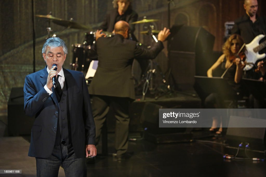 Singer <a gi-track='captionPersonalityLinkClicked' href=/galleries/search?phrase=Andrea+Bocelli&family=editorial&specificpeople=211558 ng-click='$event.stopPropagation()'>Andrea Bocelli</a> performs on tv show 'Che Tempo Che Fa' on October 26, 2013 in Milan, Italy.