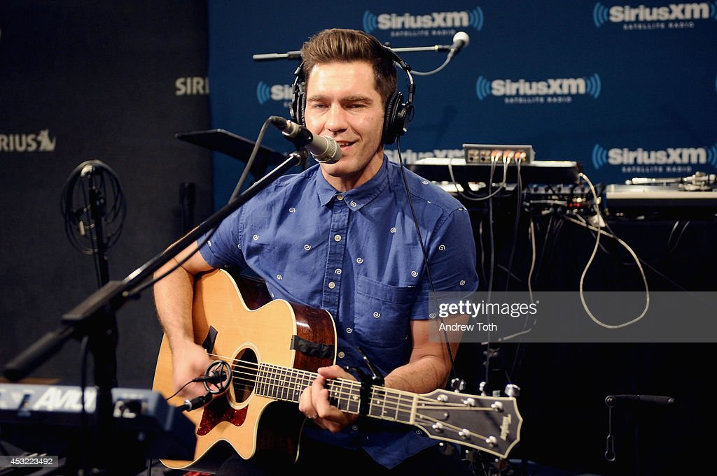 Singer Andy Grammer performs on 'The Pulse' at SiriusXM Studios on August 5, 2014 in New York City.