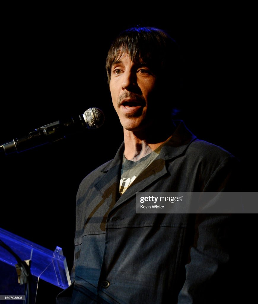 Singer <a gi-track='captionPersonalityLinkClicked' href=/galleries/search?phrase=Anthony+Kiedis&family=editorial&specificpeople=202189 ng-click='$event.stopPropagation()'>Anthony Kiedis</a> speaks onstage at the 9th Annual MusiCares MAP Fund Benefit Concert at Club Nokia on May 30, 2013 in Los Angeles, California.