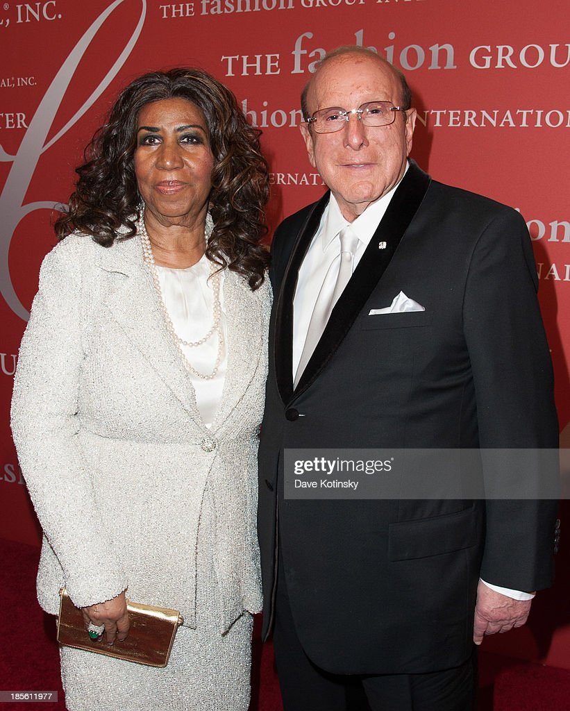 Singer <a gi-track='captionPersonalityLinkClicked' href=/galleries/search?phrase=Aretha+Franklin&family=editorial&specificpeople=210665 ng-click='$event.stopPropagation()'>Aretha Franklin</a> and music producer <a gi-track='captionPersonalityLinkClicked' href=/galleries/search?phrase=Clive+Davis&family=editorial&specificpeople=209314 ng-click='$event.stopPropagation()'>Clive Davis</a> attends the 30th Annual Night Of Stars presented by The Fashion Group International>> at Cipriani Wall Street on October 22, 2013 in New York City.