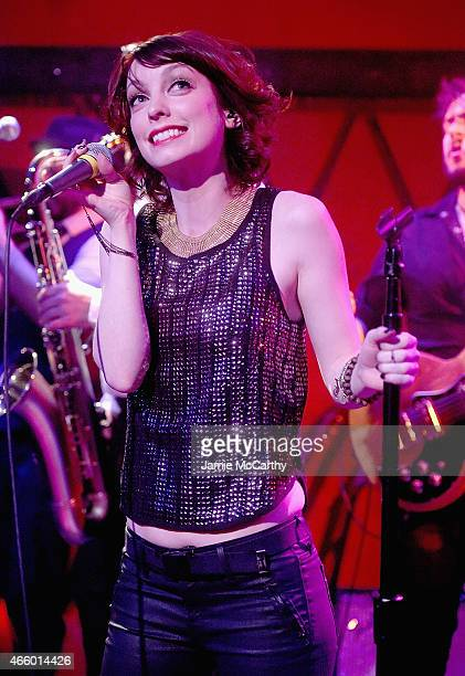 Singer Arleigh Kincheloe of Sister Sparrow The Dirty Birds performs at Rockwood Music Hall on March 12 2015 in New York City