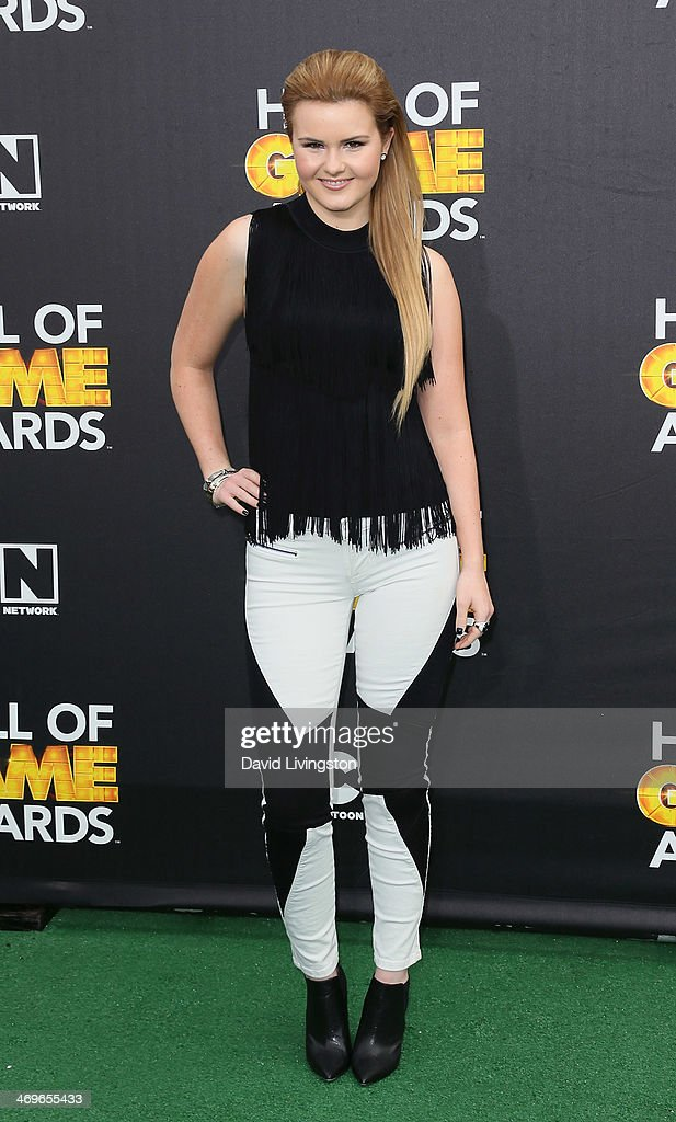 Singer <a gi-track='captionPersonalityLinkClicked' href=/galleries/search?phrase=Ashlee+Keating&family=editorial&specificpeople=6165519 ng-click='$event.stopPropagation()'>Ashlee Keating</a> attends Cartoon Network's Hall of Game Awards at Barker Hangar on February 15, 2014 in Santa Monica, California.