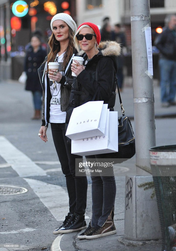 Singer <a gi-track='captionPersonalityLinkClicked' href=/galleries/search?phrase=Ashlee+Simpson&family=editorial&specificpeople=201809 ng-click='$event.stopPropagation()'>Ashlee Simpson</a> as seen on January 6, 2013 in New York City.