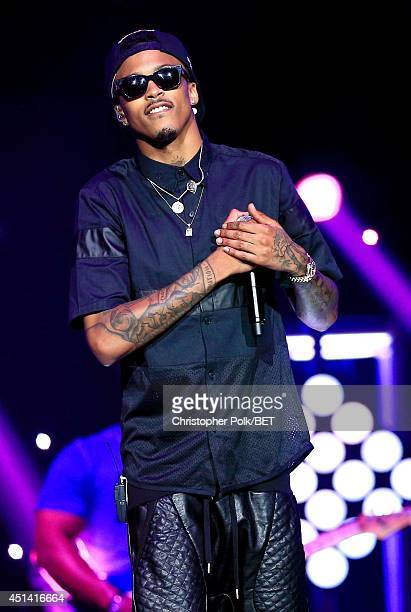 Singer August Alsina performs onstage at the OutKast A$AP Rocky Rick Ross K Michelle August Alsina Ty Dolla $ign Presented By Sprite during the 2014...