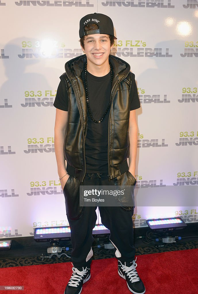 Singer <a gi-track='captionPersonalityLinkClicked' href=/galleries/search?phrase=Austin+Mahone&family=editorial&specificpeople=9429678 ng-click='$event.stopPropagation()'>Austin Mahone</a> attends 93.3 FLZ's Jingle Ball 2012 at Tampa Bay Times Forum on December 9, 2012 in Tampa, Florida.