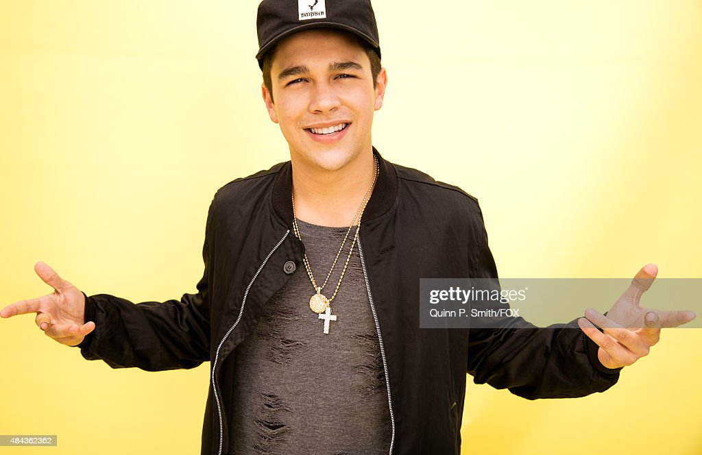 Singer Austin Mahone poses for a portrait during the 2015 Teen Choice Awards FOX Portrait Studio at Galen Center on August 16 2015 in Los Angeles...