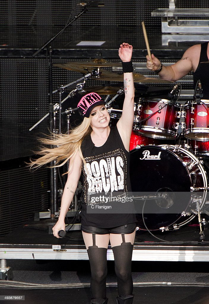 Singer Avril Lavigne performs during the 'In a World Like This' summer tour at Shoreline Amphitheatre on May 25, 2014 in Mountain View, California.