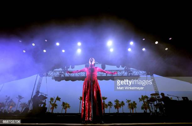 Singer Banks performs on the Gobi stage during day 1 of the Coachella Valley Music And Arts Festival at the Empire Polo Club on April 14 2017 in...