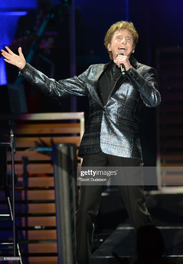 Singer Barry Manilow performs onstage at The Forum on August 4, 2017 in Inglewood, California.