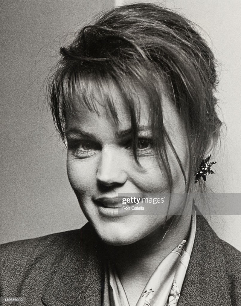 Singer Belinda Carlisle attends Nineth Annual Cable ACE Awards on January 24 1988 at the Wiltern Theater in Los Angeles California