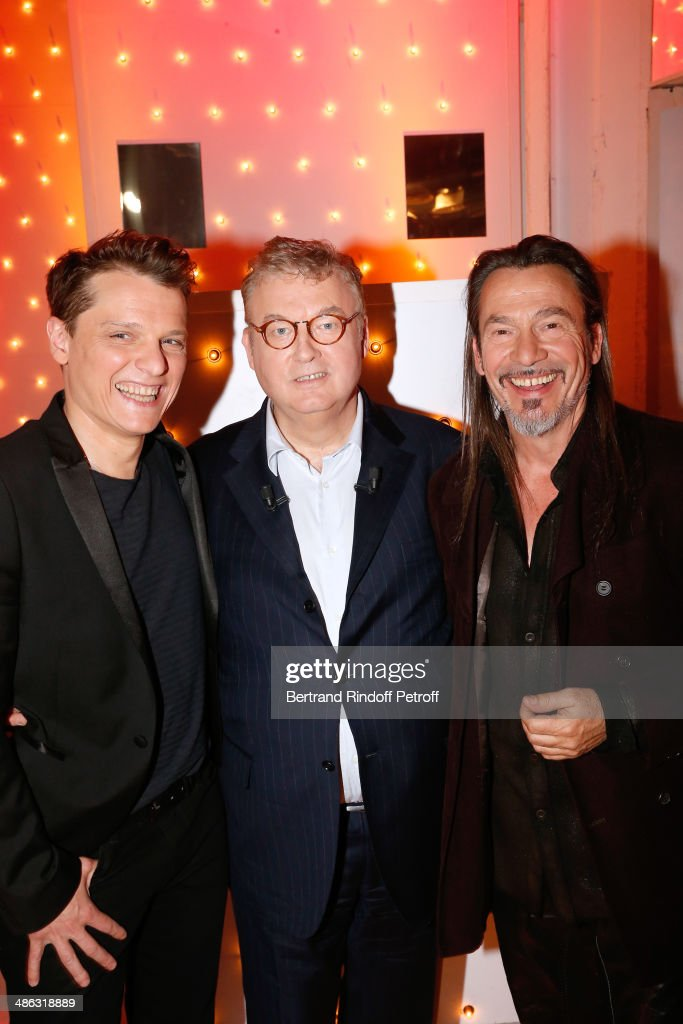 Singer Benabar main guest of the show Dominique Besnehard and singer Florent Pagny attend the 'Vivement Dimanche' French TV show Held at Pavillon...