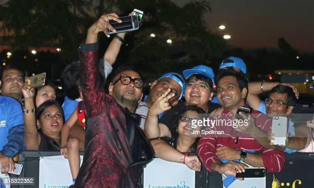 Singer Benny Dayal poses with the fans at the 2017 International Indian Film Academy Festival at MetLife Stadium on July 14 2017 in East Rutherford...