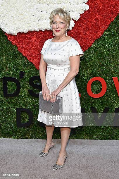 Singer Bette Midler attends God's Love We Deliver Golden Heart Awards on October 16 2014 in New York City