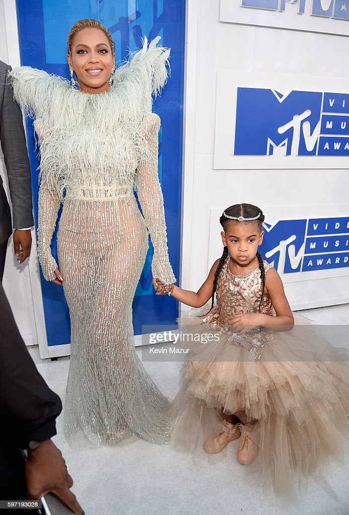 Singer Beyonce and Blue Ivy Carter attends the 2016 MTV Video Music Awards at Madison Square Garden on August 28 2016 in New York City