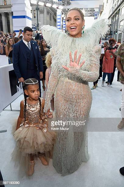 Singer Beyonce and daughter Blue Ivy Carter attend the 2016 MTV Video Music Awards at Madison Square Garden on August 28 2016 in New York City