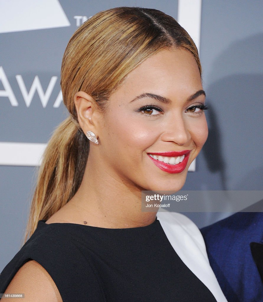 Singer Beyonce Knowles arrives at The 55th Annual GRAMMY Awards at Staples Center on February 10, 2013 in Los Angeles, California.