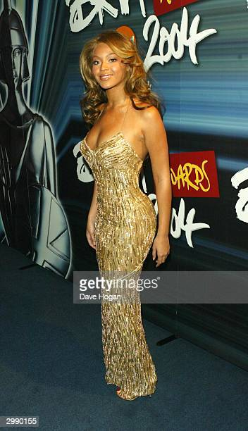 Singer Beyonce Knowles arrives at the 'Brit Awards 2004' at Earls Court 2 on February 17 2004 in London