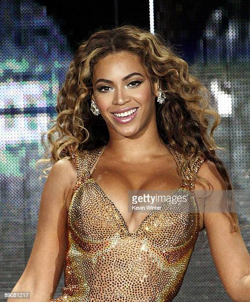 Singer Beyonce performs at the Honda Center on July 11 2009 in Anaheim California