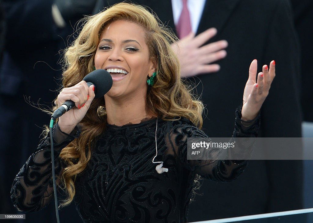 US singer Beyonce performs the National Anthem to conclude the 57th Presidential Inauguration ceremonial swearingin of US President Barack Obama at...