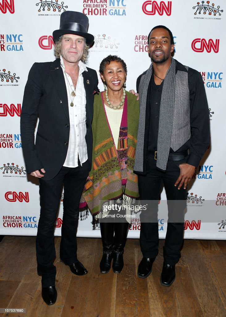 Singer Big Kenny, Gloria Weiss-Hammond and Damien Horne attend the 4th Annual African Children's Choir Fundraising Gala at City Winery on December 3, 2012 in New York City.
