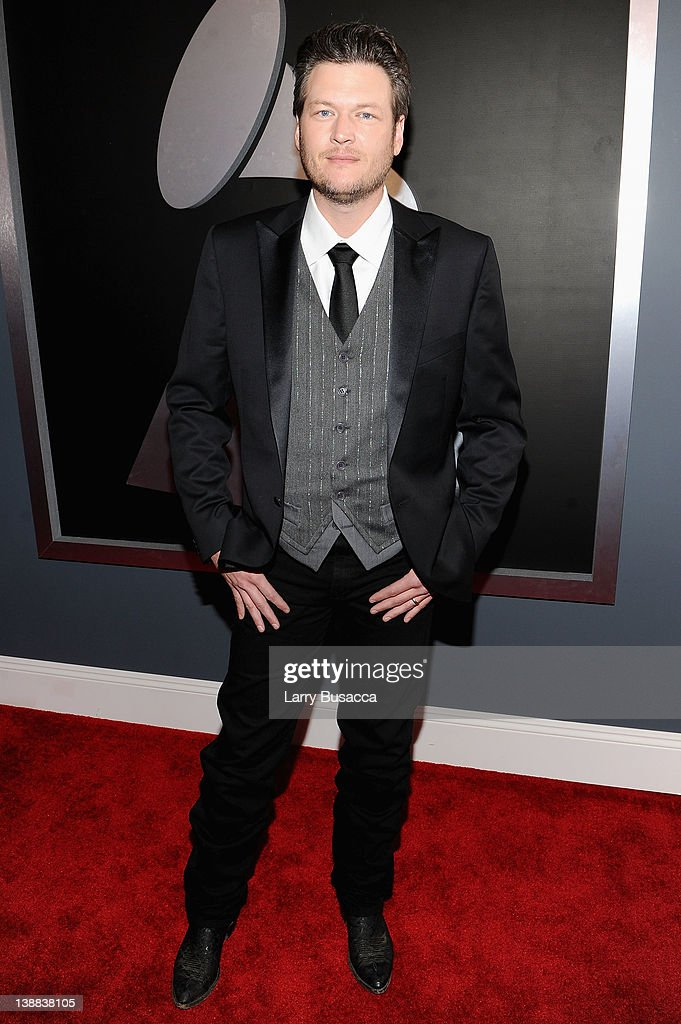 Singer <a gi-track='captionPersonalityLinkClicked' href=/galleries/search?phrase=Blake+Shelton&family=editorial&specificpeople=2352026 ng-click='$event.stopPropagation()'>Blake Shelton</a> arrives at the 54th Annual GRAMMY Awards held at Staples Center on February 12, 2012 in Los Angeles, California.