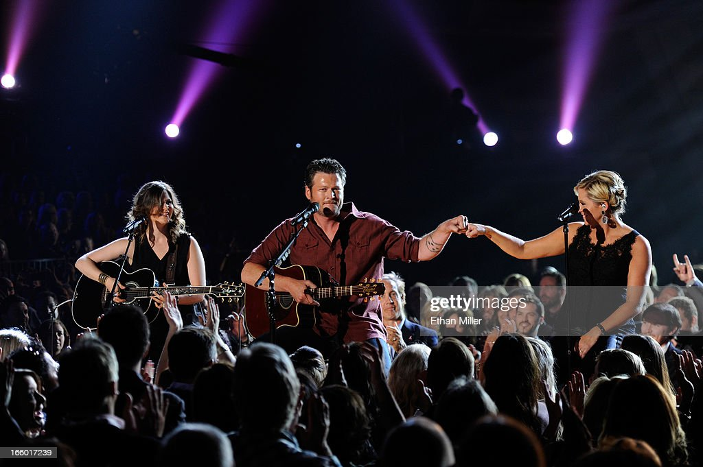 Singer <a gi-track='captionPersonalityLinkClicked' href=/galleries/search?phrase=Blake+Shelton&family=editorial&specificpeople=2352026 ng-click='$event.stopPropagation()'>Blake Shelton</a> performs onstage during the 48th Annual Academy of Country Music Awards at the MGM Grand Garden Arena on April 7, 2013 in Las Vegas, Nevada.