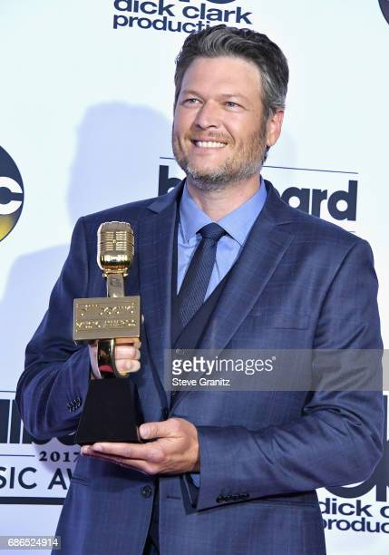 Singer Blake Shelton winner of Top Country Artist attends the 2017 Billboard Music Awards at TMobile Arena on May 21 2017 in Las Vegas Nevada