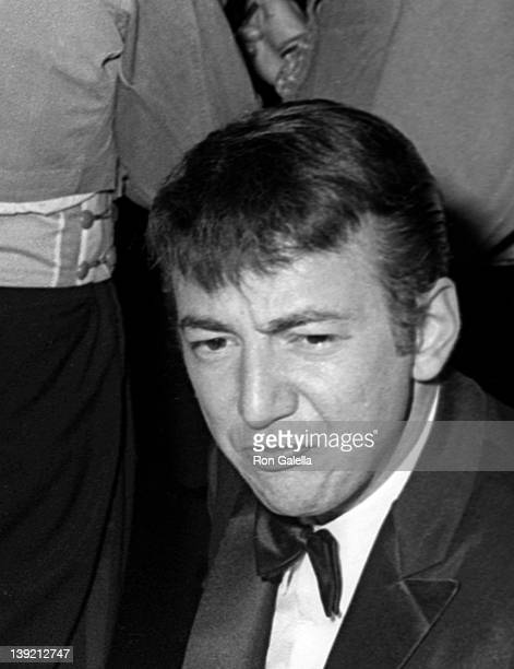 Singer Bobby Darin attends the premiere of 'Dr Dolittle' on December 19 1967 at Loew's State Theater in New York City