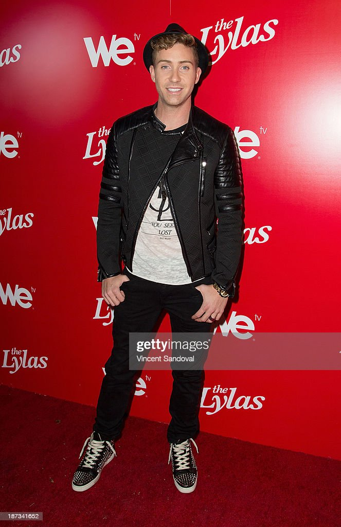 Singer Bobby Newberry attends WE tv's premiere party for 'The LYLAS' at Warwick on November 7, 2013 in Hollywood, California.
