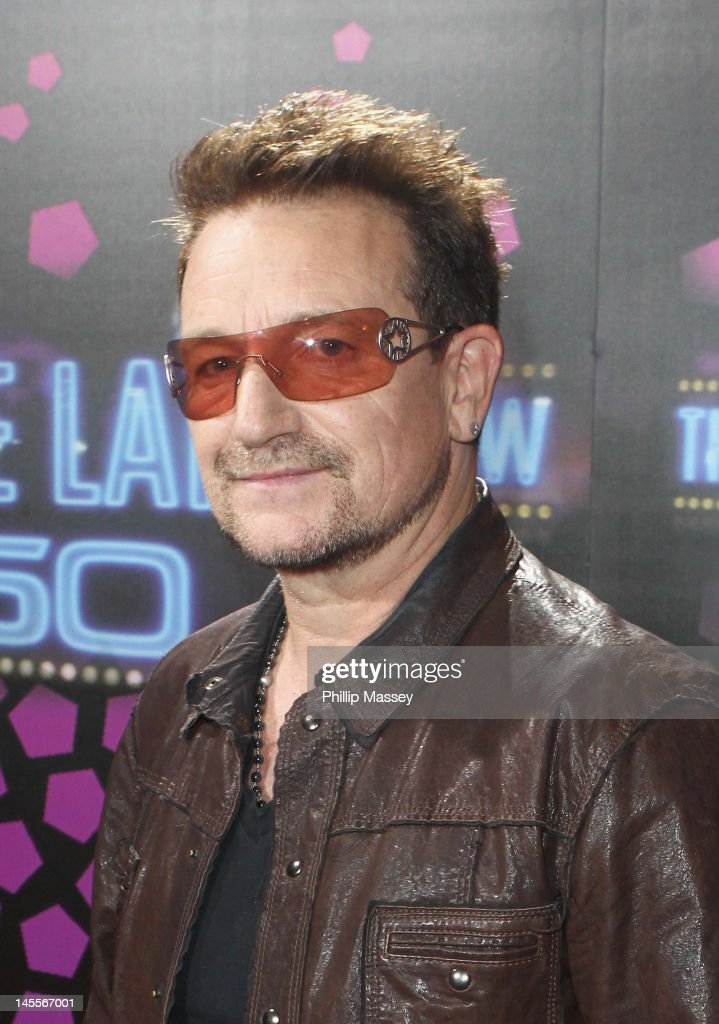 <a gi-track='captionPersonalityLinkClicked' href=/galleries/search?phrase=U2&family=editorial&specificpeople=201268 ng-click='$event.stopPropagation()'>U2</a> singer <a gi-track='captionPersonalityLinkClicked' href=/galleries/search?phrase=Bono+-+Singer&family=editorial&specificpeople=167279 ng-click='$event.stopPropagation()'>Bono</a> attends the 50th Anniversary Of 'The Late Late Show' on June 1, 2012 in Dublin, Ireland.
