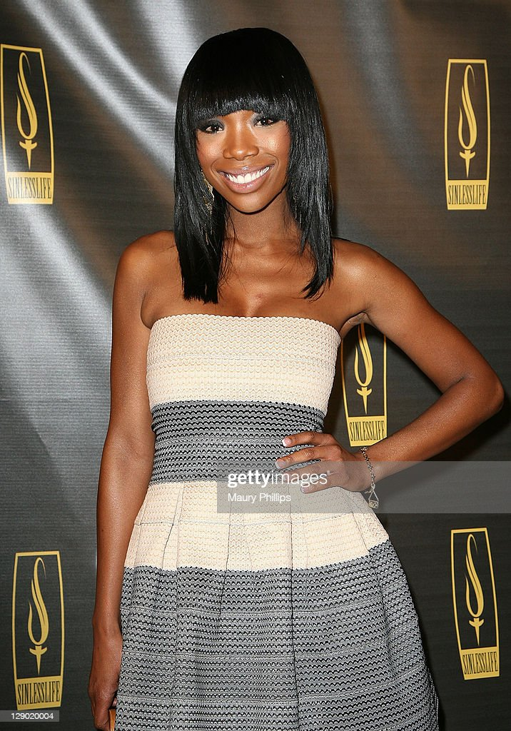 Singer Brandy arrives at the Sinlesslife web and jewelry collection launch party at Falcon Restaurant on October 9, 2011 in Hollywood, California.