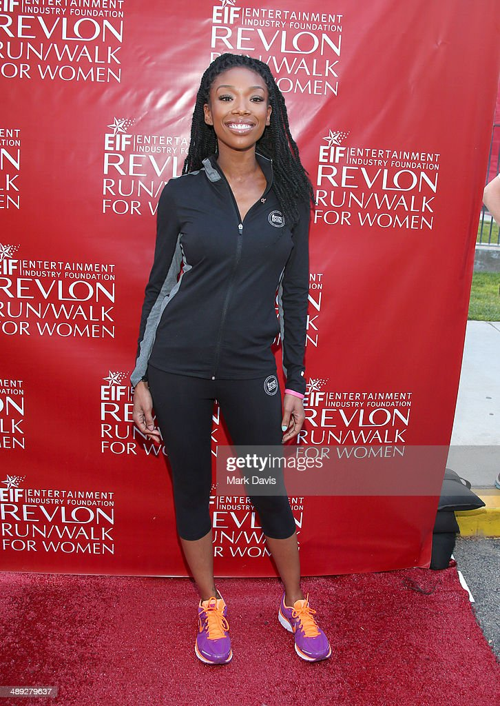 Singer Brandy attends the 21st Annual EIF Revlon Run Walk For Women at Los Angeles Memorial Coliseum on May 10, 2014 in Los Angeles, California.