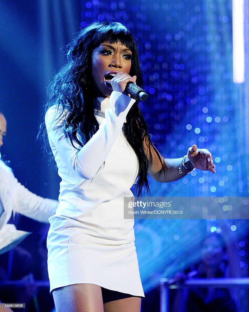 Singer Brandy performs on Dick Clark's New Year's Rockin' Eve at CBS studios on December 31, 2012 in Los Angeles, California.