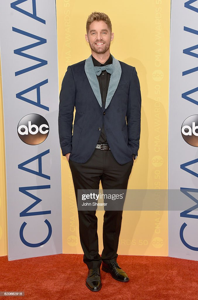 Singer Brett Young attends the 50th annual CMA Awards at the Bridgestone Arena on November 2, 2016 in Nashville, Tennessee.