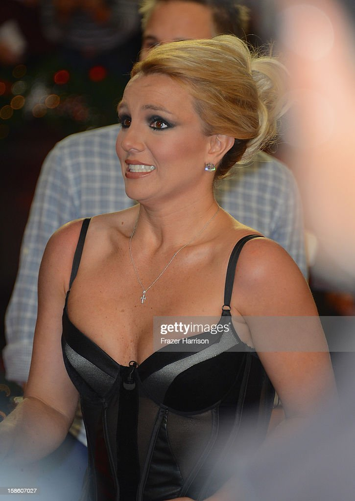 Singer Britney Spears arrives at Fox's 'The X Factor' Season Finale - Night 2 at CBS Television City on December 20, 2012 in Los Angeles, California.