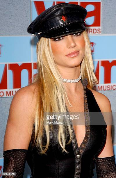 Singer Britney Spears arrives at the 2002 MTV Video Music Awards at Radio City Music Hall August 29 2002 in New York City