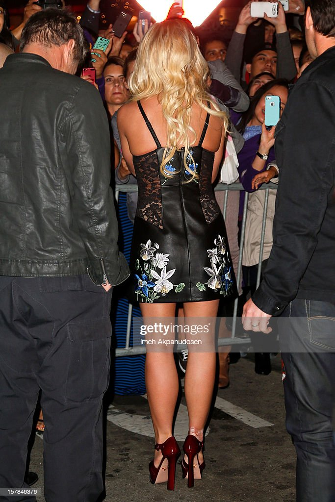 Singer Britney Spears attends Fox's 'The X Factor' viewing party at Mixology101 & Planet Dailies on December 6, 2012 in Los Angeles, California.