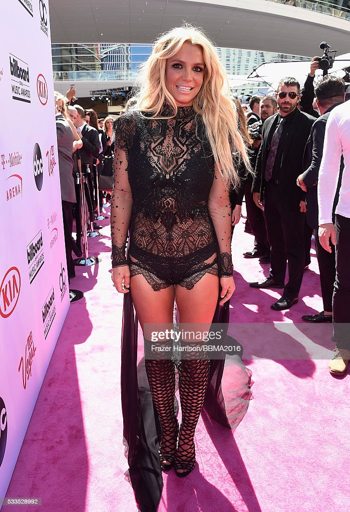 singer-britney-spears-attends-the-2016-billboard-music-awards-at-on-picture-id533528992