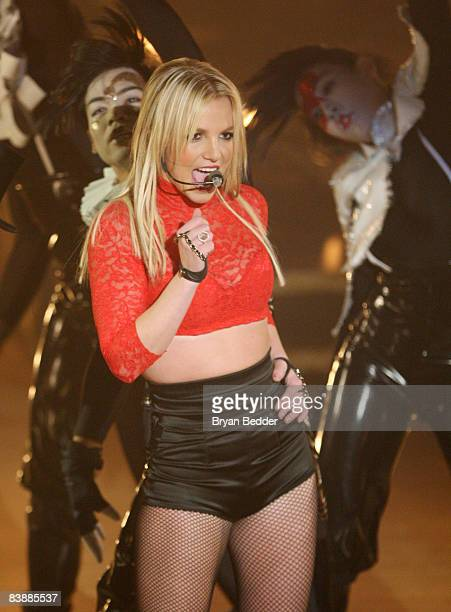 Singer Britney Spears performs on ABC's 'Good Morning America' at The Big Apple Circus tent at Lincoln Center on December 2 2008 in New York City