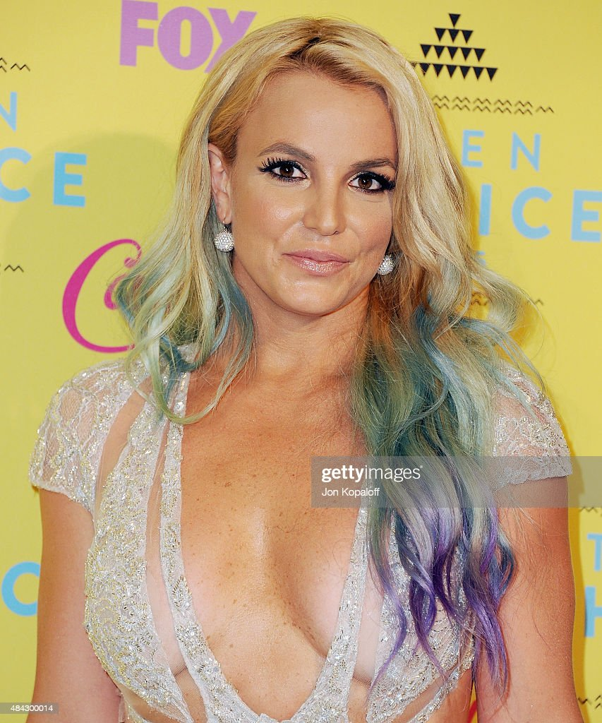 Singer <a gi-track='captionPersonalityLinkClicked' href=/galleries/search?phrase=Britney+Spears&family=editorial&specificpeople=156415 ng-click='$event.stopPropagation()'>Britney Spears</a> poses in the press room at the Teen Choice Awards 2015 at Galen Center on August 16, 2015 in Los Angeles, California.