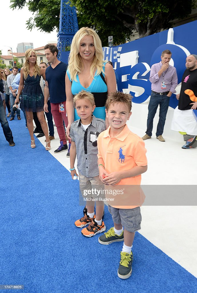 Singer <a gi-track='captionPersonalityLinkClicked' href=/galleries/search?phrase=Britney+Spears&family=editorial&specificpeople=156415 ng-click='$event.stopPropagation()'>Britney Spears</a> (C), sons Sean Federline and <a gi-track='captionPersonalityLinkClicked' href=/galleries/search?phrase=Jayden+James+Federline&family=editorial&specificpeople=5625123 ng-click='$event.stopPropagation()'>Jayden James Federline</a> attend the Los Angeles premiere of 'The Smurfs 2' at Regency Village Theatre on July 28, 2013 in Westwood, California.