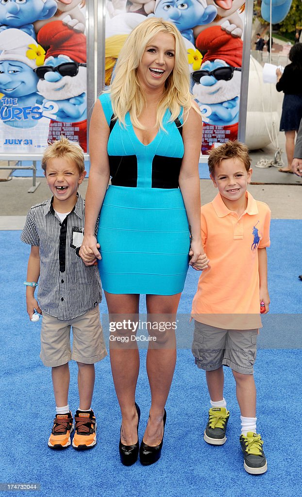 Singer <a gi-track='captionPersonalityLinkClicked' href=/galleries/search?phrase=Britney+Spears&family=editorial&specificpeople=156415 ng-click='$event.stopPropagation()'>Britney Spears</a>, sons Sean Federline and <a gi-track='captionPersonalityLinkClicked' href=/galleries/search?phrase=Jayden+James+Federline&family=editorial&specificpeople=5625123 ng-click='$event.stopPropagation()'>Jayden James Federline</a> arrive at the Los Angeles premiere of 'Smurfs 2' at Regency Village Theatre on July 28, 2013 in Westwood, California.