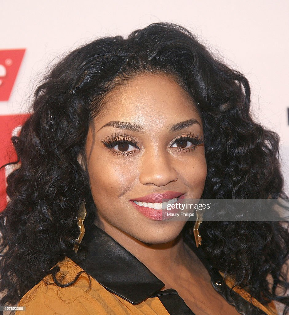 Singer Brooke Valentine attends Rolling Out Mirror Mirror Awards at Rolling Stone Restaurant & Lounge on December 6, 2012 in Los Angeles, California.