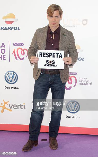 Singer Carlos Baute attends 'La noche de Cadena 100' photocall at sports Palace on March 22 2014 in Madrid Spain
