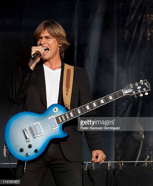Singer Carlos Baute opens the San Isidro's Festivity with a live performance at Plaza Cibeles on May 11 2011 in Madrid Spain