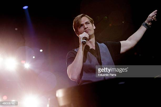 Singer Carlos Baute performs live in 'La noche de Cadena 100' at Madrid Sports Palace on March 22 2014 in Madrid Spain