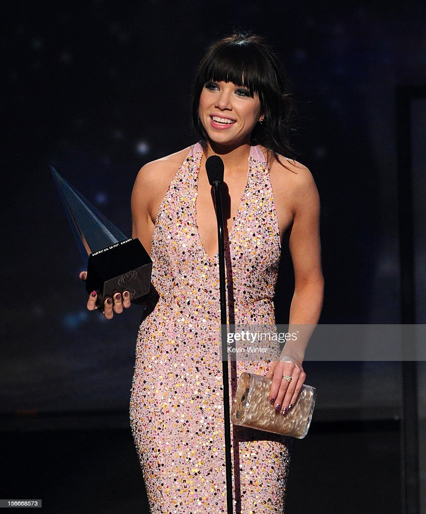 Singer Carly Rae Jepsen accepts the award for Old Navy New Artist of the Year onstage during the 40th American Music Awards held at Nokia Theatre L.A. Live on November 18, 2012 in Los Angeles, California.