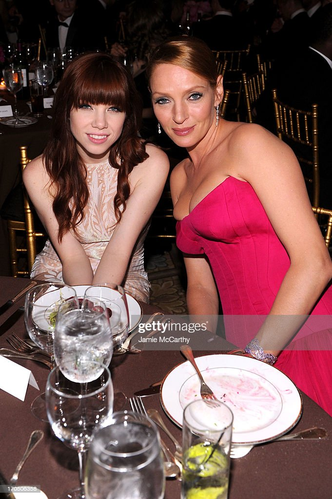Singer Carly Rae Jepsen (L) and actress Uma Thurman attend the 4th Annual amfAR Inspiration Gala New York at The Plaza Hotel on June 13, 2013 in New York City.